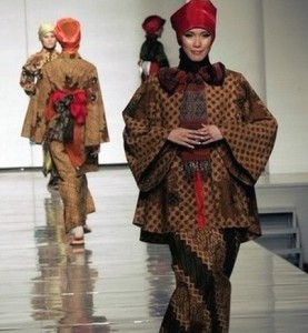 model-hijab-fashion-show