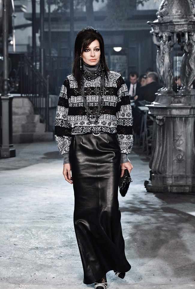 Chanel-Pre-Fall-2016-Runway-Show51