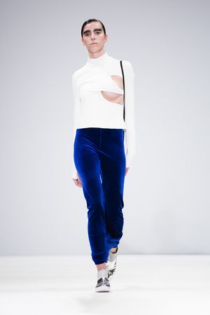 Ones+to+watch_Catwalk_Angharad+Thomas_0001
