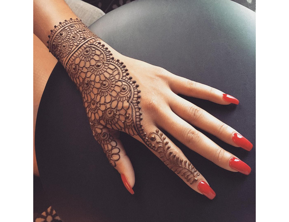 henna-designs-for-eid-ramadan-party-evening-occasion-accessories-body-paint-art-makeup-beauty-culture-03