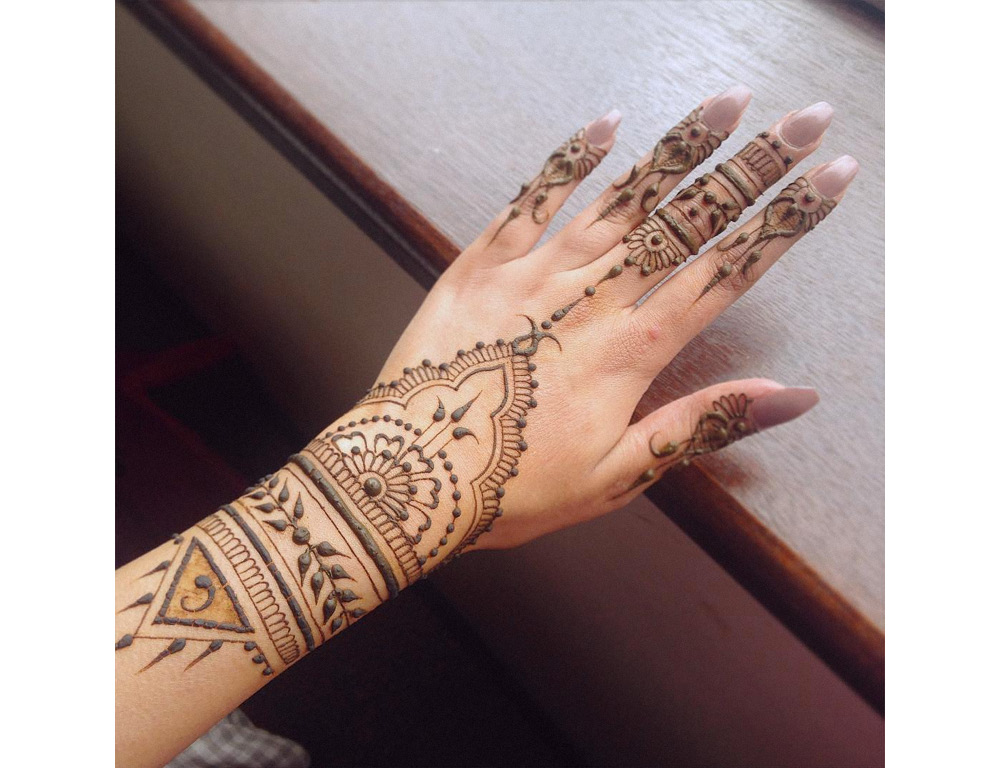henna-designs-for-eid-ramadan-party-evening-occasion-accessories-body-paint-art-makeup-beauty-culture-10